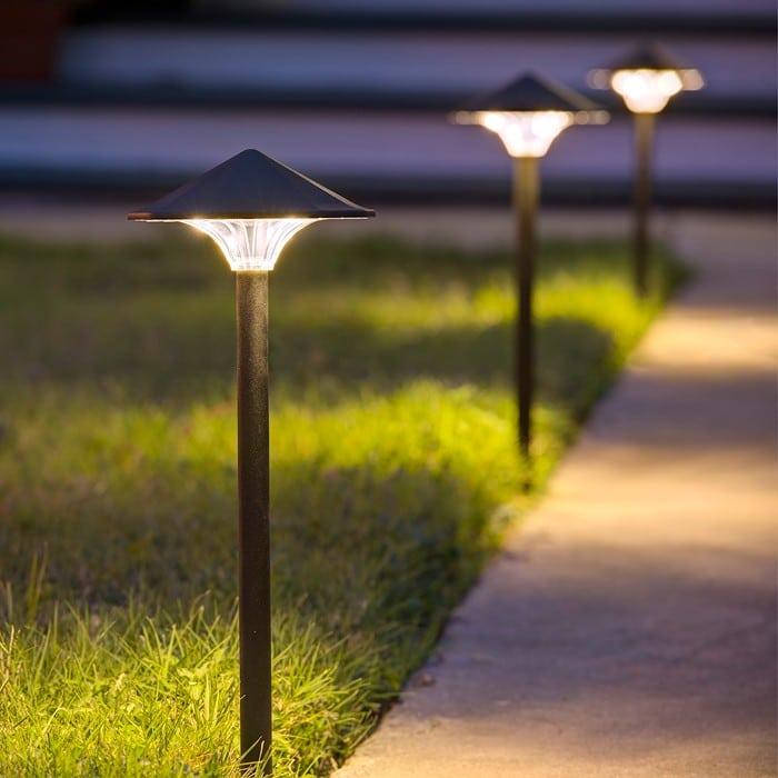 Empress LED Landscape Light