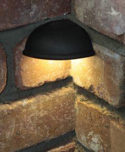 hardscape-corner-light-installed (1)