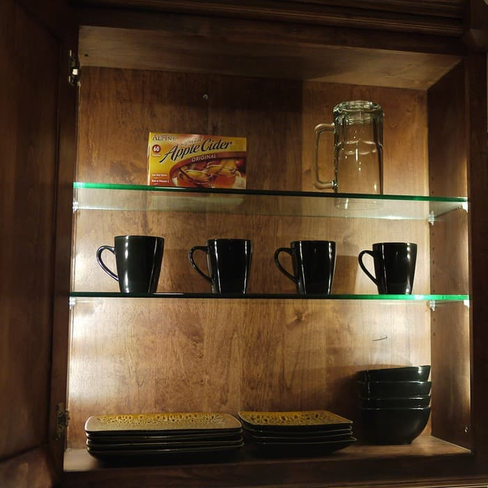 Shop / Interior LED Lighting / Under Cabinet ... & Versa LED Cabinet Light Strip Kit - DEKOR® Lighting