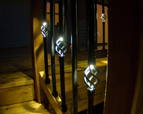 LS-illuminations-balusters-closeup
