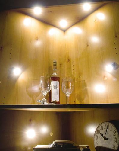 Create spectacular cabinet displays