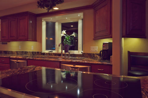 Kitchen Lighting: Dimmable  LED Under Cabinet Lighting