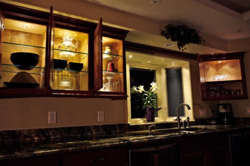 A complete kitchen cabinet lighting solution: LED Under Cabinet Lights + LED Recessed Down Lights