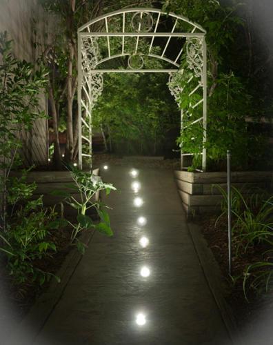 LED Landscape Lighting: DEKOR Dek Dots light, walkways, pathways, and patios
